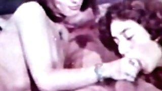 Peepshow Loops 400 1970s - Scene 1