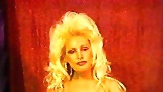Beautiful Blonde Wanking