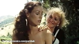 Classical adult movie star Annette Haven lezzie hot bath fucky-fucky